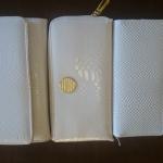 白蛇財布の比較です