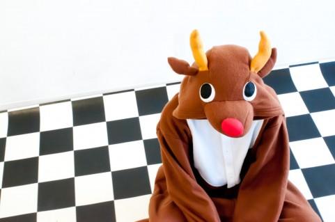 クリスマスのコスプレに最適なトナカイの着ぐるみ